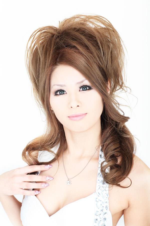 沖縄のキャバクラ嬢の綾美(あやみ)